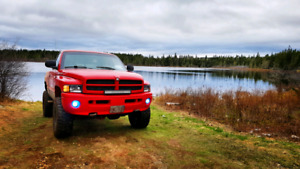 2001 dodge ram shorty v8 5.9L auto