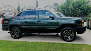2004 CHEV AVALANCHE FOR SALE OR TRADE