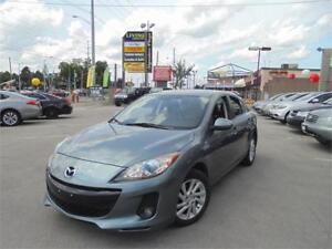 2012 MAZDA3  **TOURING**  *SUNROOF+LEATHER*