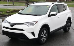 2017 Toyota RAV4 LE AWD---VERY LOW KM'S