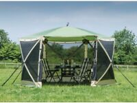 Quest Screen house 6 - New in Box - Pop up Gazebo Shelter
