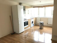 Spacious&refurbished 3 bed maisonette with a large lounge near in Tottenham for DSS !