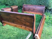 King size sleigh bed & two cabinets