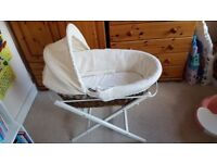 Beautiful wicker MOSES BASKET with hood / baby crib / cot with 4 mattress covers