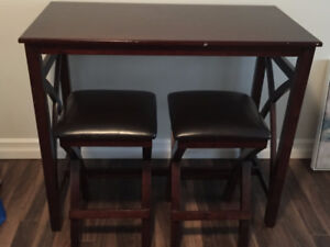 Great Condition Pub Table/Chairs