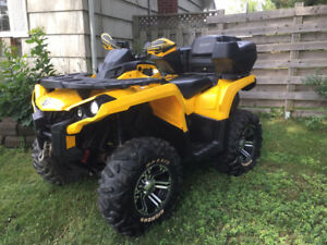 2012 CANAM OUTLANDER 1000 - AUTO HI LO 4x4,Low miles and CLEAN