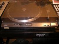 Technic Quartz SL-QX200 Turntable DJ use