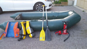 Zodiac Inflatable Boat Dinghy 10ft 7.5HP Mercury Outboard Motor