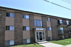 Fantastic 2 Bedroom, Renovated Condo in Beautiful Waskasoo
