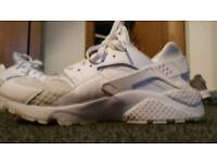 Mens Triple White Huaraches Size 9
