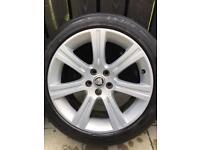 "Genuine 18"" Venus Jaguar Alloys wheels. XF With Tyres."