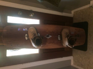 Ronix Frontier Wakeboard - Like New Condition