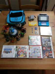 FS: Like new Nintendo 3ds with games