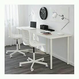 Long white desk (IKEA) in good condition. £25 ONO.