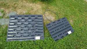 Small and large heated dog beds. Collapsible small dog cage