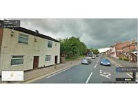 1 bedroom flat in Liverpool Road, Manchester, M30 (1 bed)