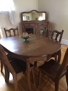 Antique Oak Kitchen table and Hutch