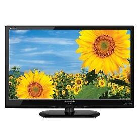 """32"""" black LCD tv has built In freeview HDMI and remote control excellent picture can deliver"""