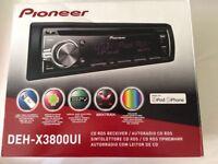 Auto radio CD RDS made for iPhone & iPad. Pioneer make, model: DEH-X3800UI