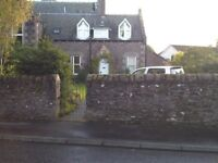 2 Bed Cottage With Private Driveway To Let in Crieff, Perthshire