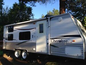 Forest River Cherokee Lite 23DD Bunkhouse REDUCED !