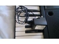 Keyboard Yamaha YPT- 220