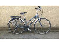 """Ladies lightweight hybrid city bike Gary fisher 18"""" aluminium frame"""