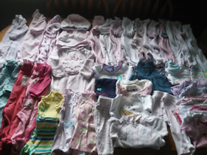 M- 40+ items of girls 3-6m