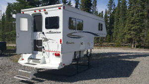 2008 Adventurer 9.5 FWS Camper