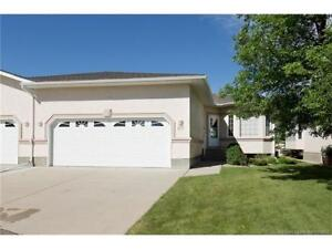 Fully developed Bungalow in 40+ adult living condo complex!