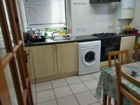 Small double to rent in southgate,oakwood