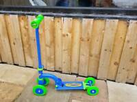 Kids starter scooter