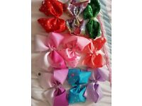 9 x jojo bows