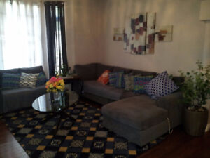 Searching for affordable/spacious room? Filipino Asian Female