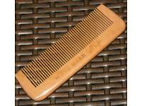 Brand new Sandalwood No comb hair brush