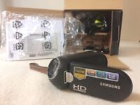 Samsung R10 Full HD 1920x1080p camcorder – bought for £200 – sell for £80