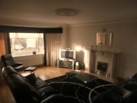 3 bedroom flat in Great Western Road, Anniesland, Glasgow, G12 0BJ