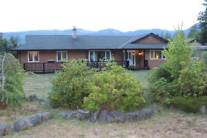 40 Acres, 2 Stunning Homes, Mountain Views, Vancouver Island