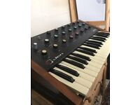 Jen SX1000 vintage analog synthesizer