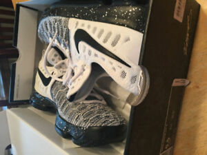 Nike Zoom KD 9 Oreo - Basketball Shoes - Men's size 8.5