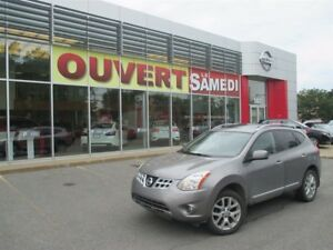 2011 Nissan Rogue SV + AWD + TOIT OUVRANT
