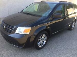 2010 DODGE GRAND CARAVAN  7 PASSENGER, ACCIDENT FREE, ONE OWNER!