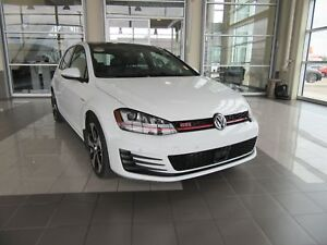2016 Volkswagen Golf GTI 5-Door Performance LOW KMS, SUNROOF,...