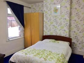 Double room in Eastham for rent to share with Indian Family