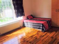 NEWLY REFURBISHED 2 DOUBLE ROOMS IN CHADWELL HEATH FOR £500-£600 PCM ALL BILLS INCLUDED
