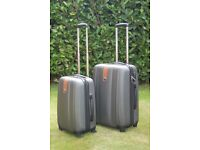 Suitcase. Set of 2 Scotts of Stow Ultra Lightweight Wheeled Suitcases.
