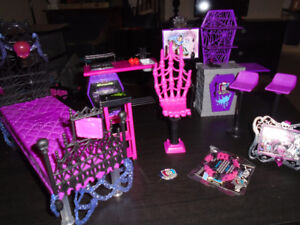 Monster High Lots