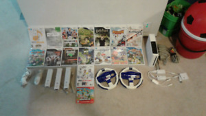 Wii and 16 CDS