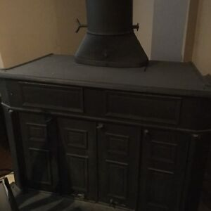Franklin wood burning stove