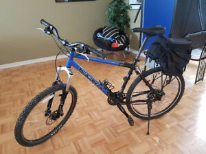 Velo de Montage/Mountain Bike Great Condition Medium Kona Blast
